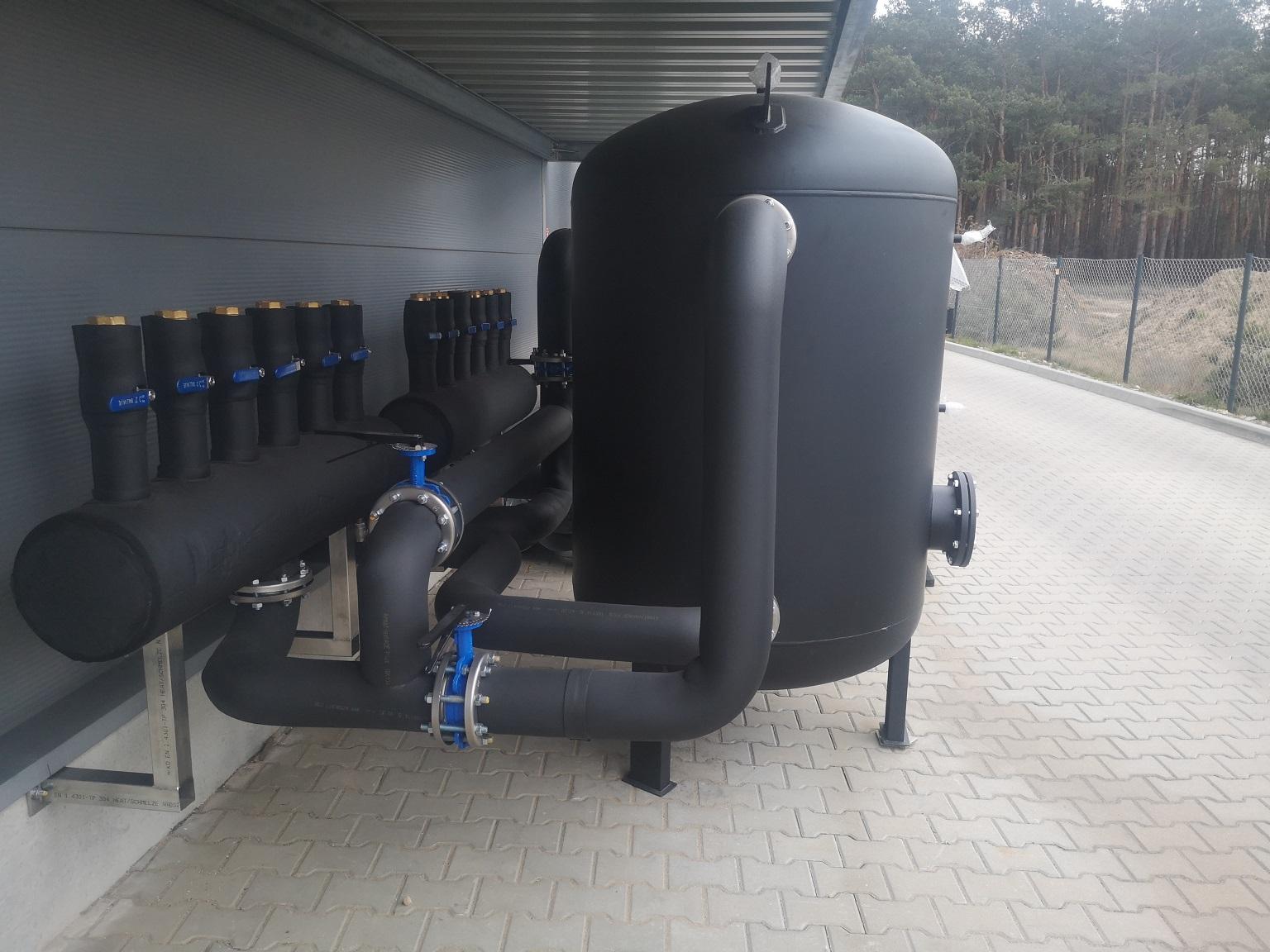instalacja-chlodzenia-maszyn-produkcyjnych-w-przemysle-wytwarzajacym-opakowania-spozywcze