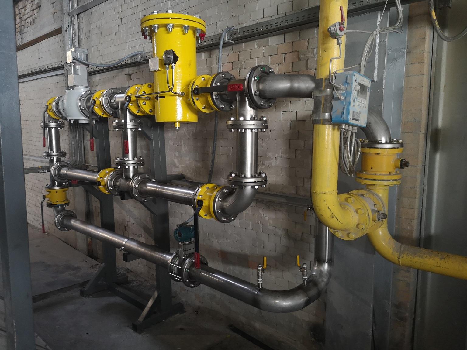 prefabrykacja-rurociagow-gazu-ziemnego-z-stali-kwasoodpornej-oraz-montaz-wraz-z-urzadzeniami-w-przemysle-hutnicznym